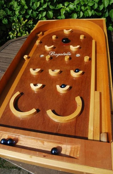 Bagatelle | Joukes oud Hollandse spellen